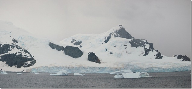 Antarctic Day 2  (23) Stitch (1024x475)
